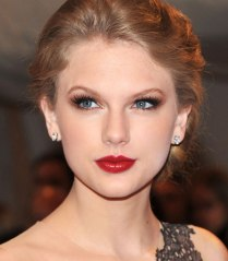 taylor-swift-makeup-06_zpsc3784205